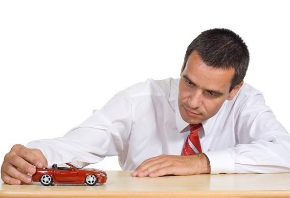 Auto verkaufen – Privat oder Händler